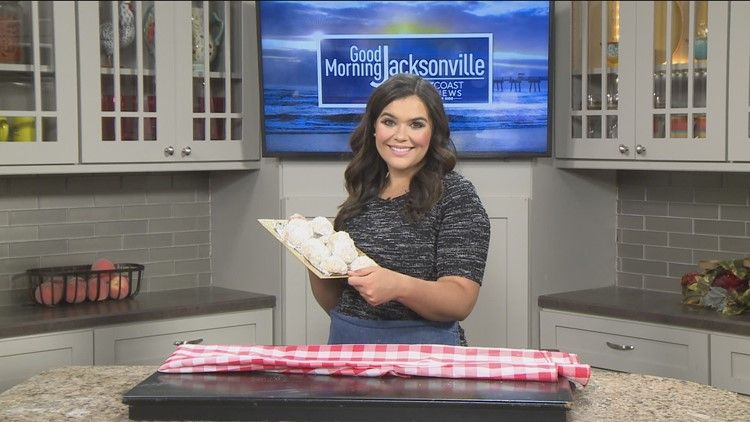 Hispanic Heritage Month Recipes: Makayla Lucero makes Mexican wedding cookies