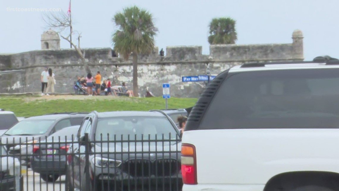 Bomb squad responds to St. Augustine fort after suspicious package found