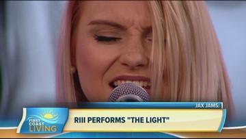 "Jax Jams: Riii Performs ""The Light"" (FCL July 23)"