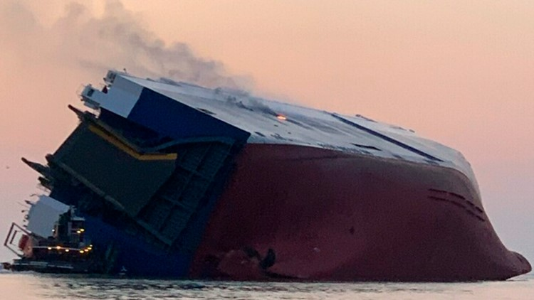 Report blames training failure for Golden Ray capsizing, no penalties mentioned