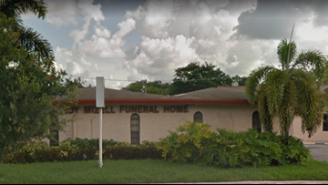 Florida family says funeral home displayed wrong body at woman's wake