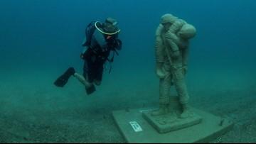 Florida 'Circle of Heroes' underwater memorial honors military veterans