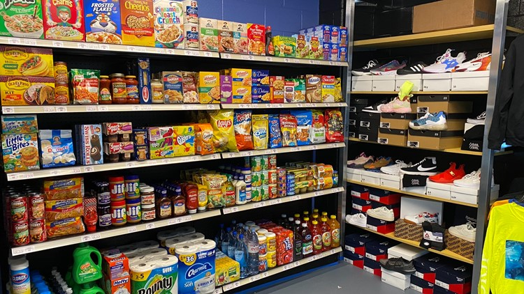 One-of-a-kind grocery store opens at Atlanta school