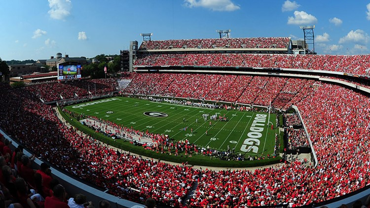 UGA planning for full stadiums in the fall